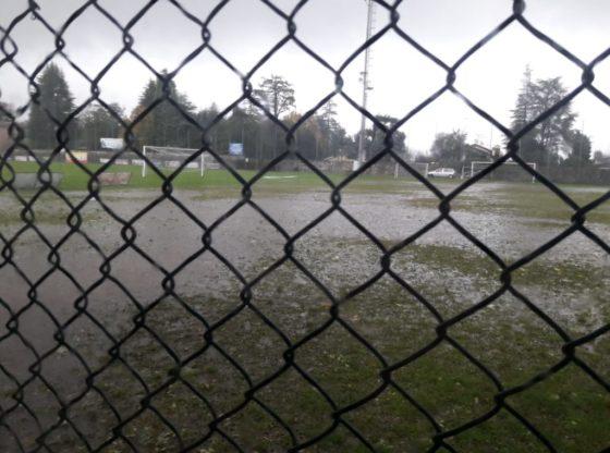 campo da calcio impraticabile